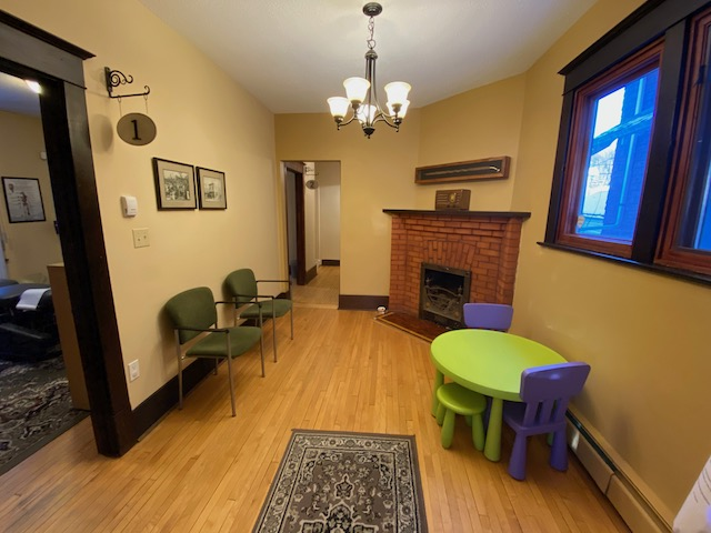 Family and Kid Friendly Waiting Room at Collins Chiropractic